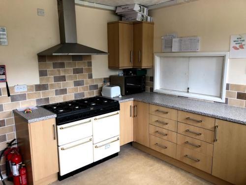 Kitchen double oven